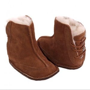 3b04f3a29e4 UGG 'Baby Boo' Sheepskin Boot in Chestnut 🌰